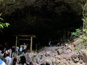 天安河原洞窟